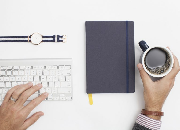 Inspiration Of This Week – Minimalist For Your Workspace